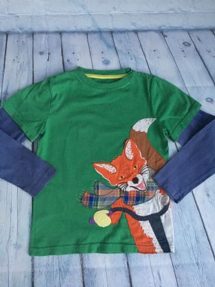 Mini Boden  green layered top with blue arms and applique fox